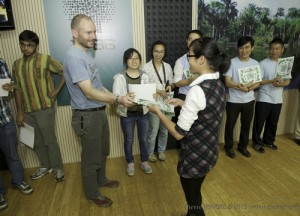 Awarding certificates to participants